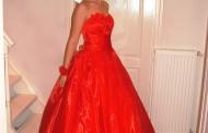 Vörös koszorúslány ruha