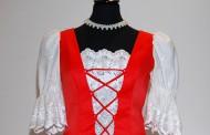 Piros menyecske ruha